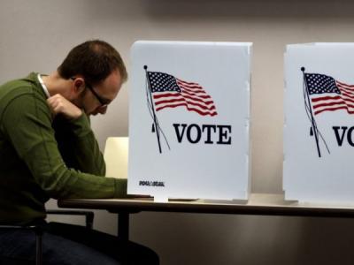 В США данные 650 тыс. избирателей продали на eBay