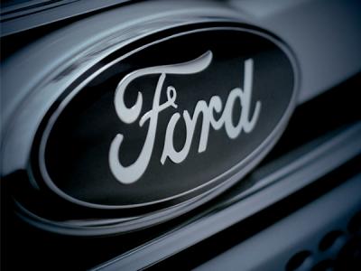Баг на сайте Ford раскрывал данные клиентов и сотрудников