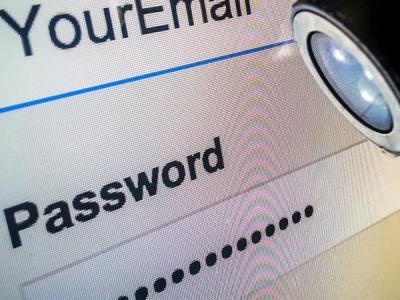 Юноша получил 14 месяцев тюрьмы за отказ предоставить пароль от Facebook