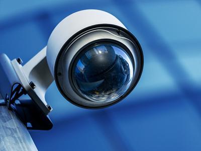 Уязвимость в камерах наблюдения позволяет отслеживать и изменять записи