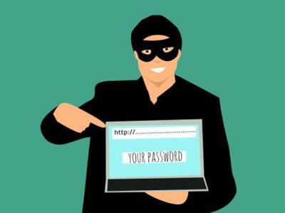Житель Саратова похищал деньги с помощью фишингового сайта банка