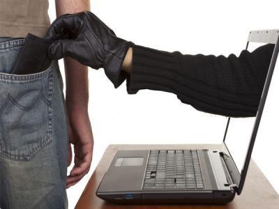 Саратовский киберпреступник похитил деньги у 52 человек