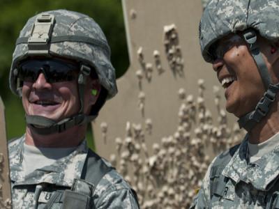 Американские военные изобразили кибервойну с Россией в комиксе