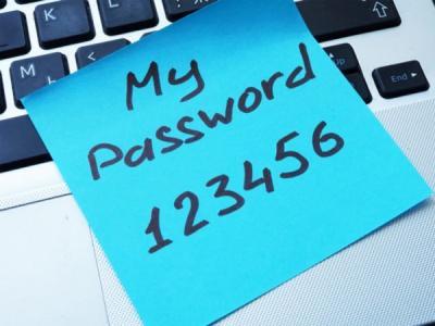45 % ИБ-специалистов используют один пароль для разных аккаунтов