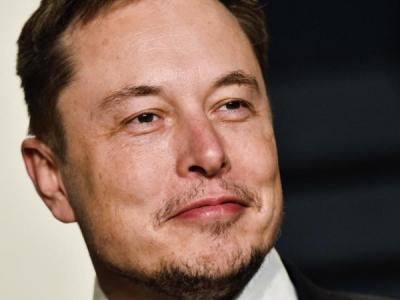 Илон Маск пообещал устранить проблему с торможением в Tesla Model 3