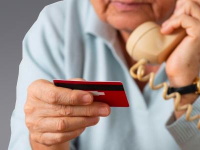 Телефонные мошенники украли 15 млн рублей у известного врача-психиатра