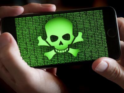 Число мобильных угроз в 2018 году выросло почти вдвое