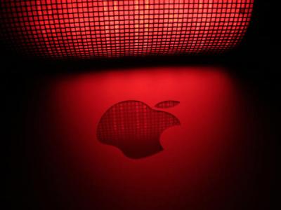 Студенты-мошенники из Китая обманули Apple на $895 800 фейковыми iPhone