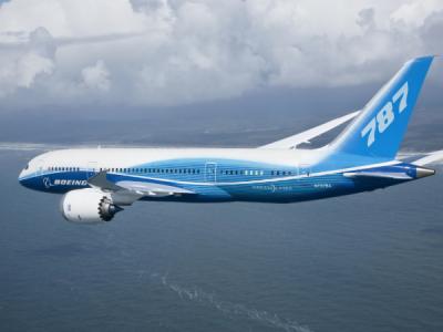 В прошивке Boeing 787обнаружена серия уязвимостей
