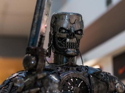 Экс-инженер Google предупредила об опасности создания роботов-убийц