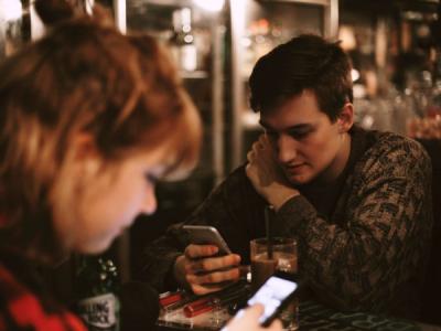 Android-версии приложений для знакомств защищены лучше iOS-аналогов