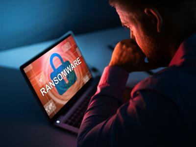 Операторы шифровальщиков объединяются и чаще атакуют промышленность