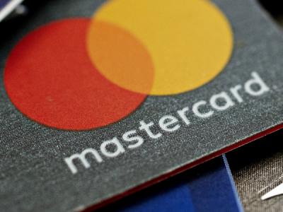 Mastercard готовит запуск биометрической карты F.CODE Easy