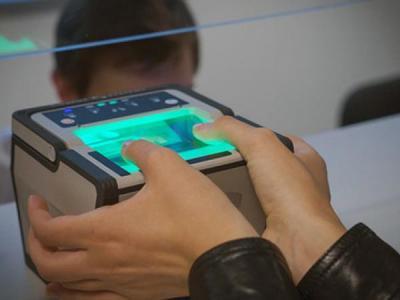 Банки России намерены идентифицировать клиентов по отпечаткам пальцев