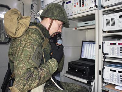 Подразделения связи в ходе тренировки успешно отразили кибератаку