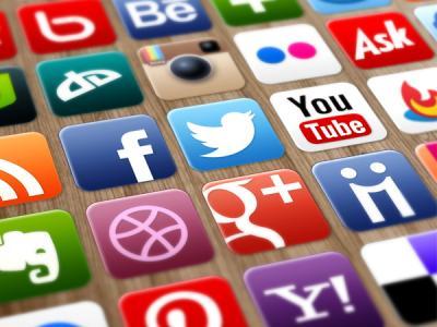 Милонов вновь предлагает ввести регистрацию в соцсетях по паспорту